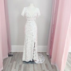 Watters Willowby Udara 59105 wedding gown